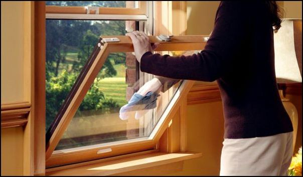 уход за деревянным окном