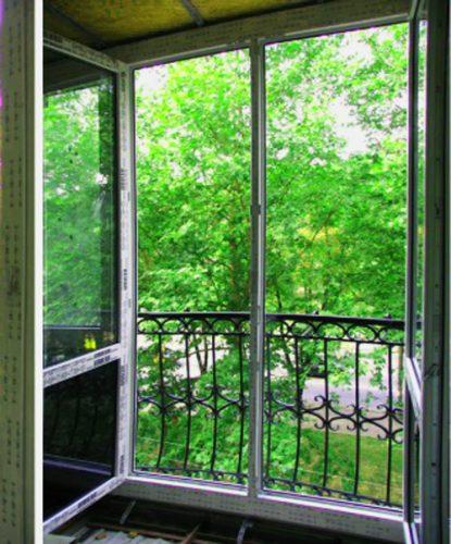 Французский балкон. Фото изнутри.